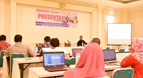 Training MS Office dan Teknik Presentasi
